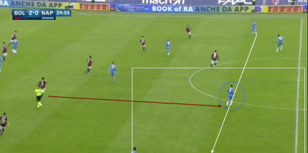 Dropping deeper in Napoli build up, creates a load of space for him as Taider chooses not to press so high